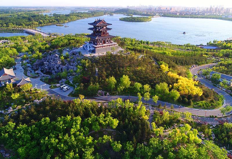 这是5月24日拍摄的唐山南湖景区.